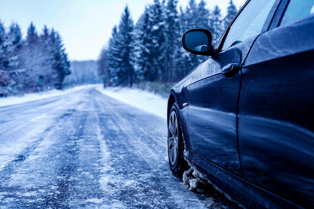 Prečo preobuť zimné pneumatiky aj keď ešte nesneží?
